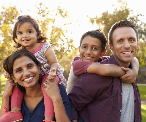 familia-com-dois-filhos