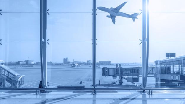 terminal-do-aeroporto_1417-1456